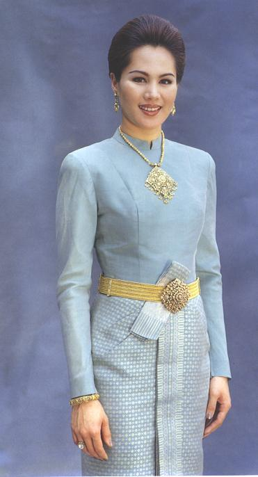 Thai Wedding Attire - Thailand Weddings